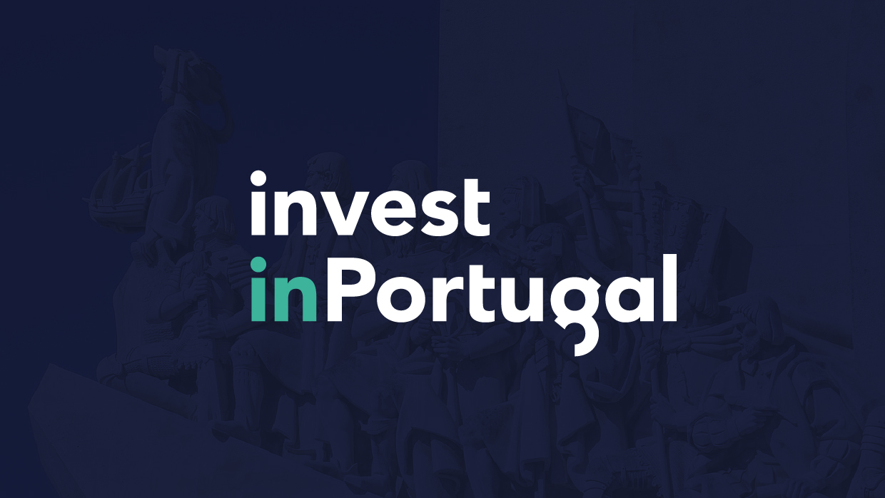 logo invest in portugal on dark background