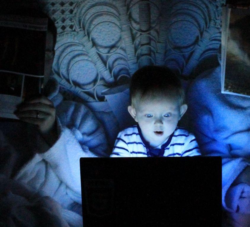 geoflicks - dia da internet e da sociedade de informação