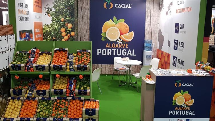 cacial_fruitatraction